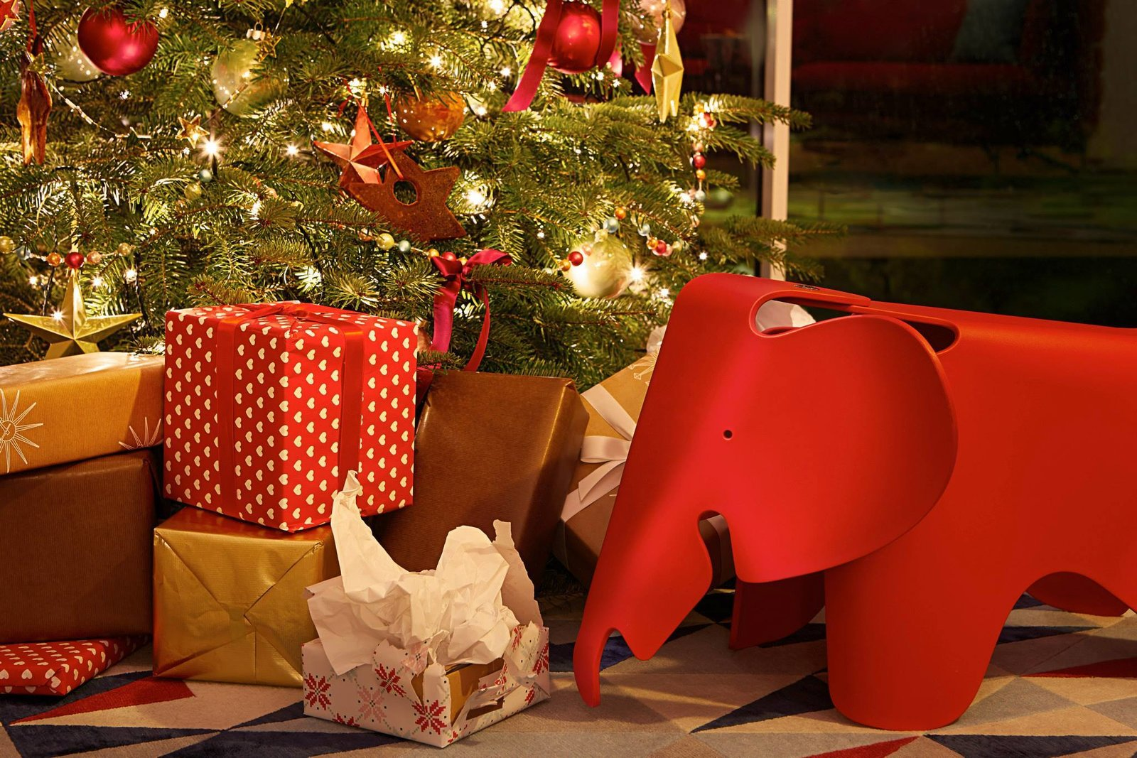 Eames Holiday Gift Guide