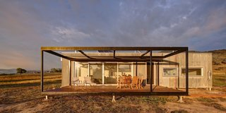 An Off-the-Grid Prefab in Australia Uses Salvaged Iron as Camo - Photo 2 of 4 -