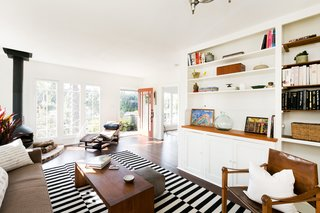 House of Cards Actor Molly Parker's Echo Park Bungalow Goes For $899K - Photo 2 of 11 -