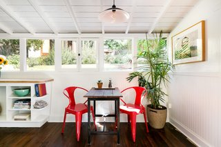 House of Cards Actor Molly Parker's Echo Park Bungalow Goes For $899K - Photo 6 of 11 -