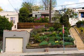 House of Cards Actor Molly Parker's Echo Park Bungalow Goes For $899K - Photo 1 of 11 -