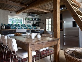 Rent One of These Cozy Cabins For a Ski Trip This Winter - Photo 3 of 9 -
