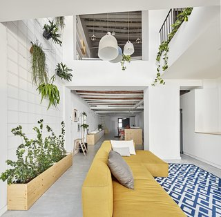 Can This Renovated, Loft-Like Home in Spain Be Any Dreamier? - Photo 4 of 10 -