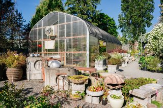 This 120-Year-Old Home With a Greenhouse Is a Gardener's Paradise - Photo 11 of 27 -