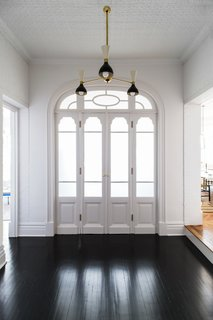 A 19th-Century Schoolhouse in Brooklyn Becomes a Classy Apartment - Photo 1 of 21 -