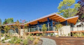 7 Prefab Companies That Oregon Dwellers Should Know - Photo 7 of 7 - Method Homes is a custom manufacturer of precision–engineered, prefabricated, modern structures that services the Western United States and Canada, including Oregon. Their homes range in size and style, from 1,200-square-foot rustic cabins to 3,5000-square-foot contemporary residences. Method Homes also has an ongoing commitment to sustainable design, with many of their homes eligible for LEED certification and other environmental certifications; some homes can even be designed to be energy net-zero.