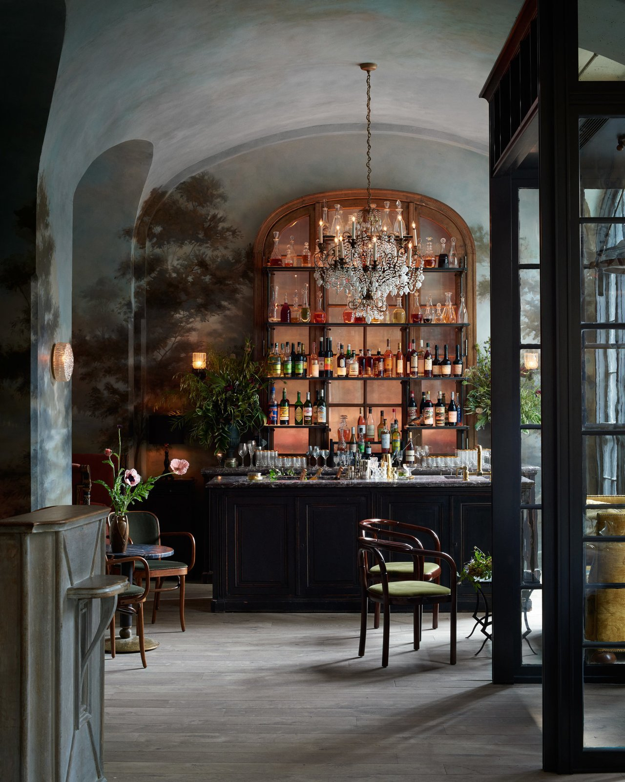 Le Coucou restaurant in New York City by Roman & Williams. Courtesy of Roman & Williams.  Hospitality Favorites by Allie Weiss