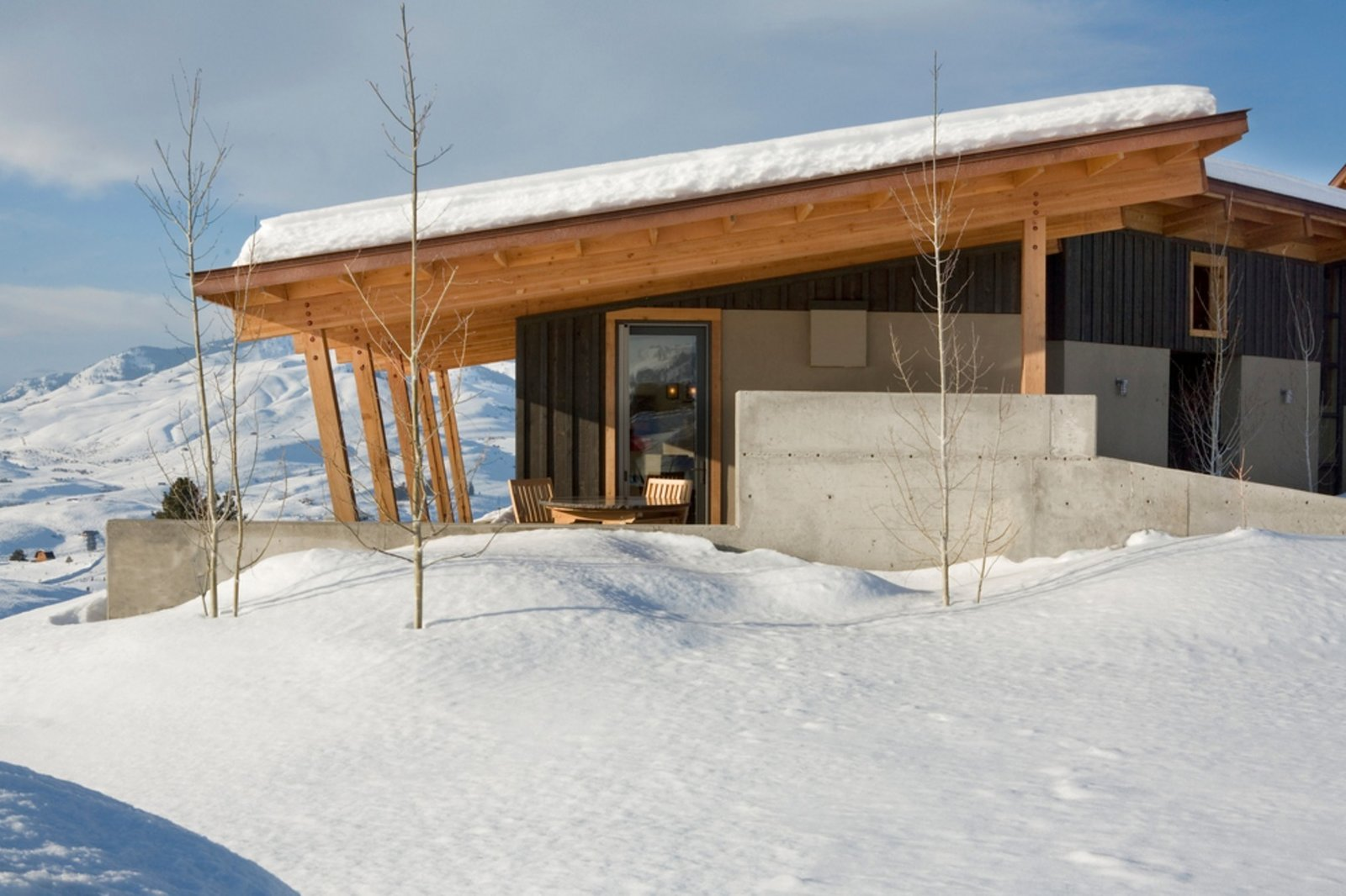 Stud Horse Mountain home in Methow Valley, WA; Architects Prentiss Balance Wickline (PBW) Architects; Photo courtesy of PBW Architects