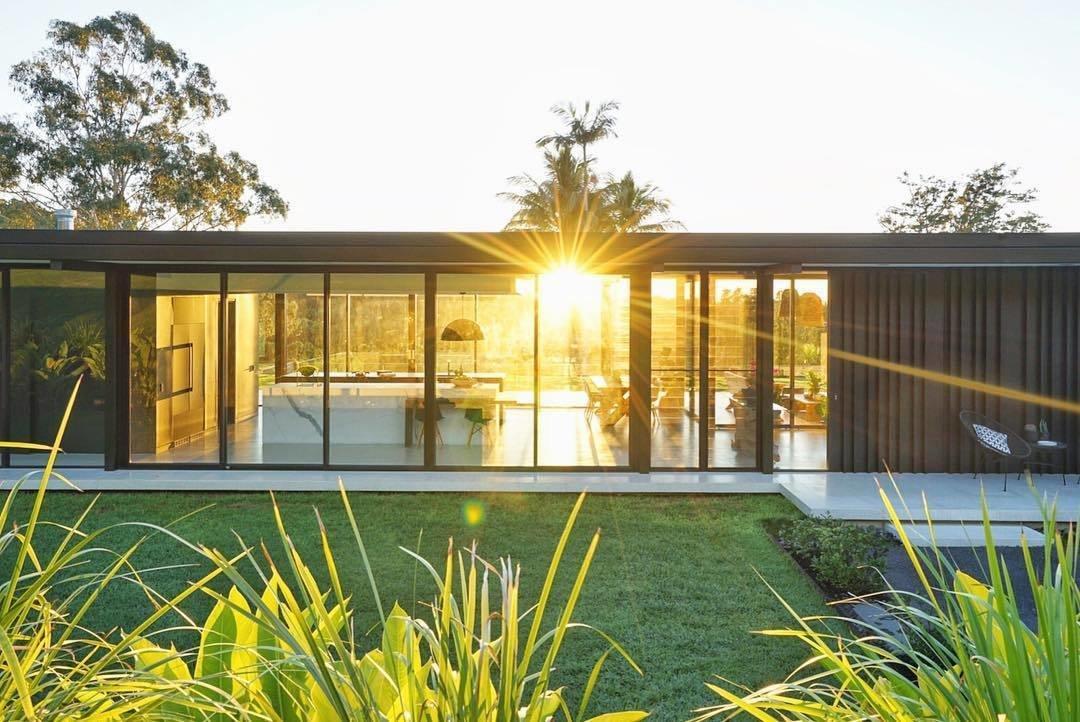 Photo 2 of 2 in A Glass House on Australia's Sunshine Coast