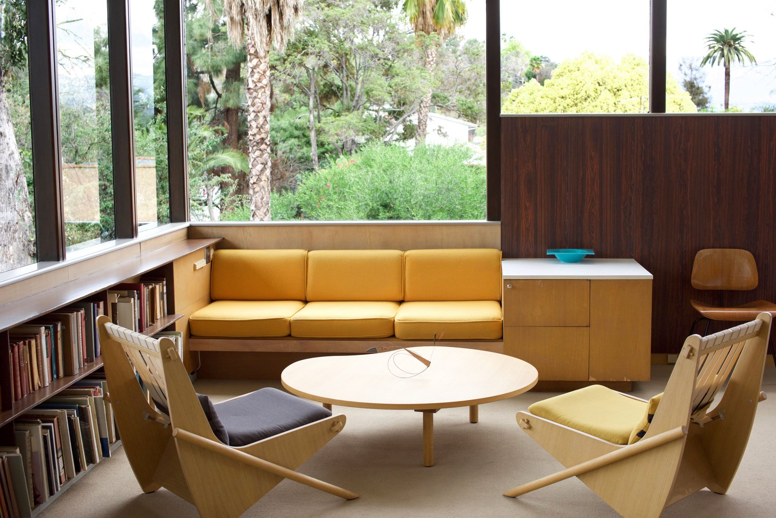 Photo 1 of 11 in Iconic Perspectives: Richard Neutra's VDL Studio & Residences