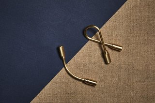 Stocking Stuffers That Will Please the Modernists in Your Life - Photo 4 of 11 - Practical and minimalist, we can't help but love the simplicity of this helix-shaped keyring. Craighill Closed Helix Keyring, $24