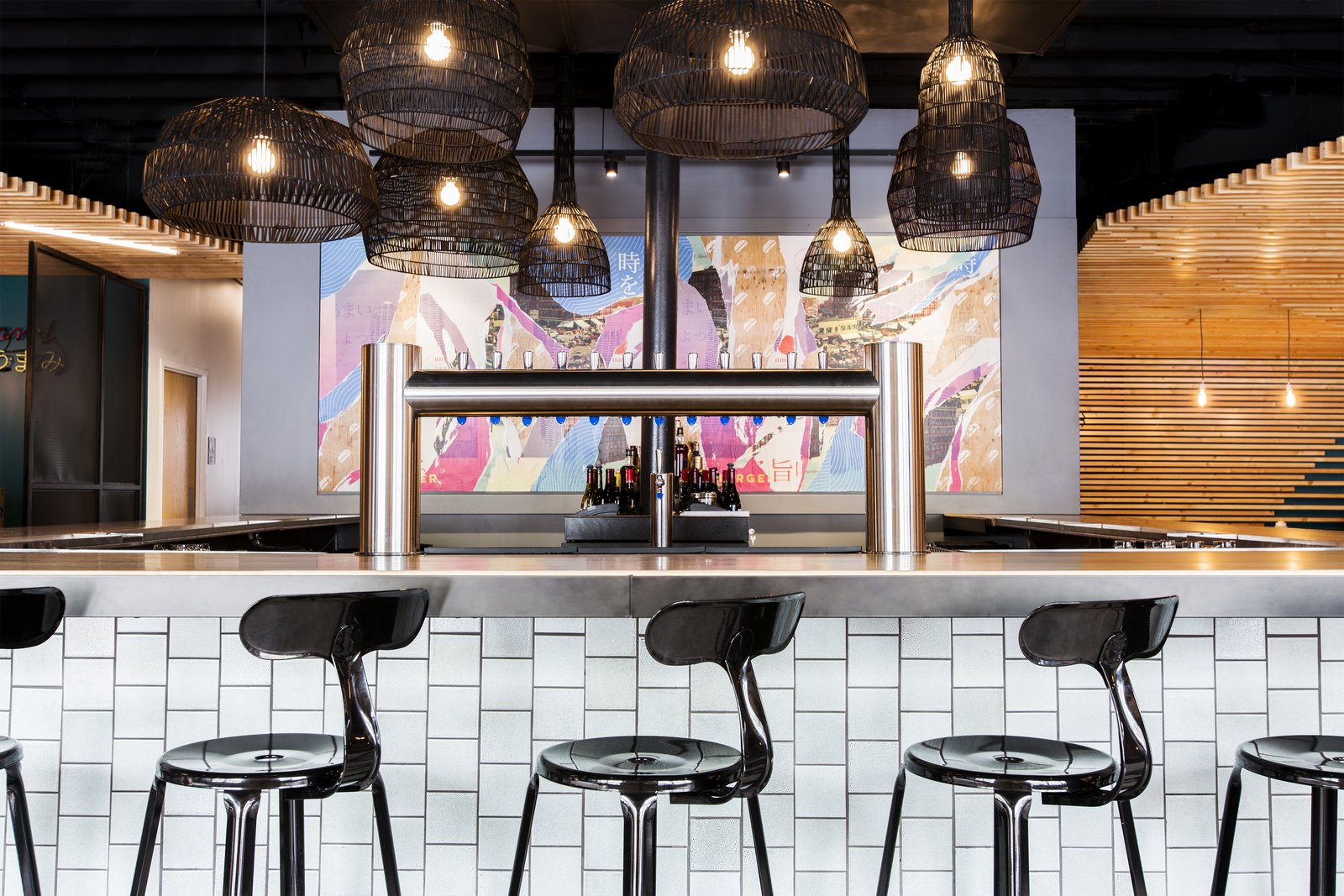 A Popular Burger Joint Flaunts Its Roots With the Help of a Design Collective - Photo 1 of 9
