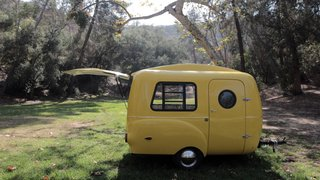 This California–Made Camper Is All You Need to Get Your Adventures Going - Photo 7 of 7 - The HC1 also features classic wheel fenders and comes in seven retro-inspired colors.