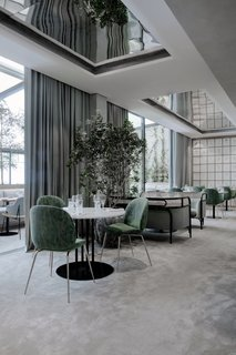 The Revived Maison du Danemark Brings Two New Danish Restaurants to Paris - Photo 2 of 9 - Flora Danica offers an abundance of natural light and direct access to the terrace from the large, Scandinavian-style dining room.