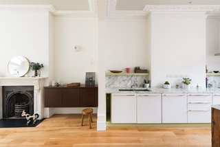 10 Modern Homes in London - Photo 7 of 10 - Robert Dye Architects preserved the classical features of the 3,000-square-foot Womersley Road residence, also while incorporating modern finishings and materials.