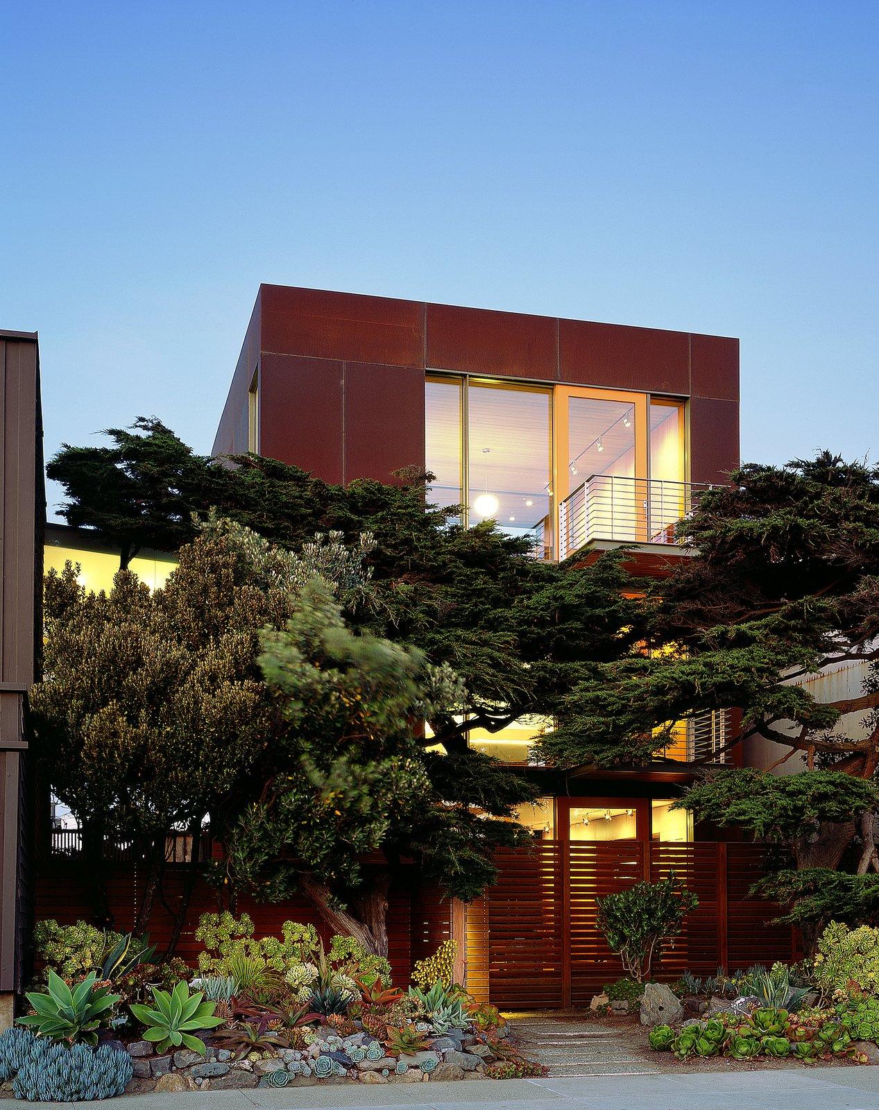 Ocean Beach Residence by Aidlin Darling Design