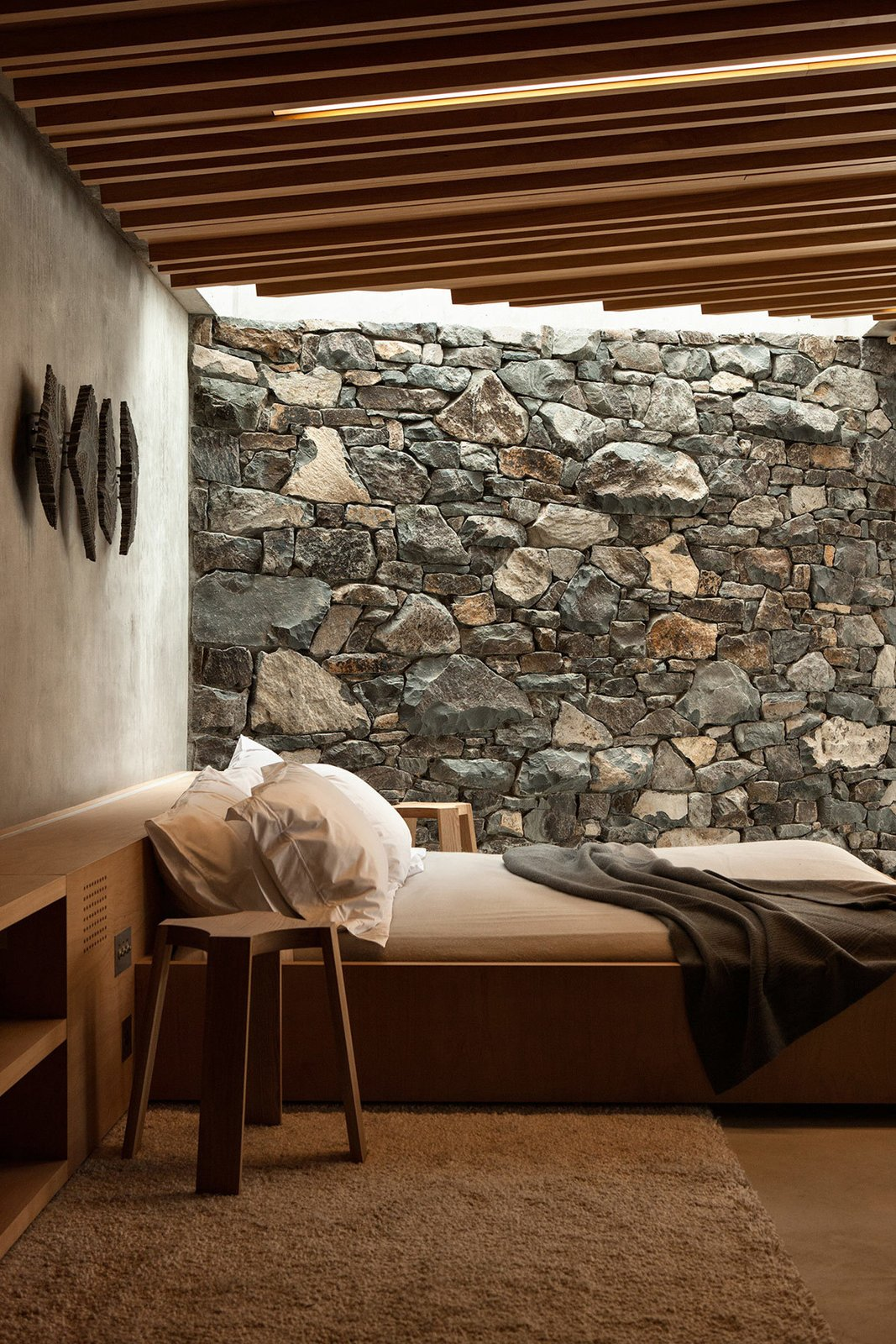 The Seascape Retreat is an Exemplary Romantic Getaway by Gessato