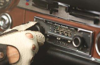 Mercedes-Benz Classic Car Travel - Photo 3 of 5 -