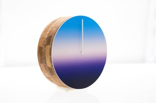 A Clock That Alters Your Perception Of Time - Photo 1 of 3 -
