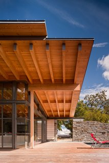 Halls Ridge Knoll Guest House - Photo 2 of 4 - Photography by Nic Lehoux