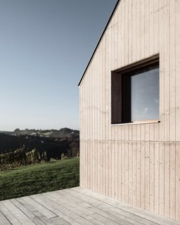 A Former Wine Press House Becomes a Modern Vineyard Home - Photo 5 of 14 -