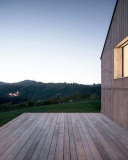 A Former Wine Press House Becomes a Modern Vineyard Home - Photo 14 of 14 -
