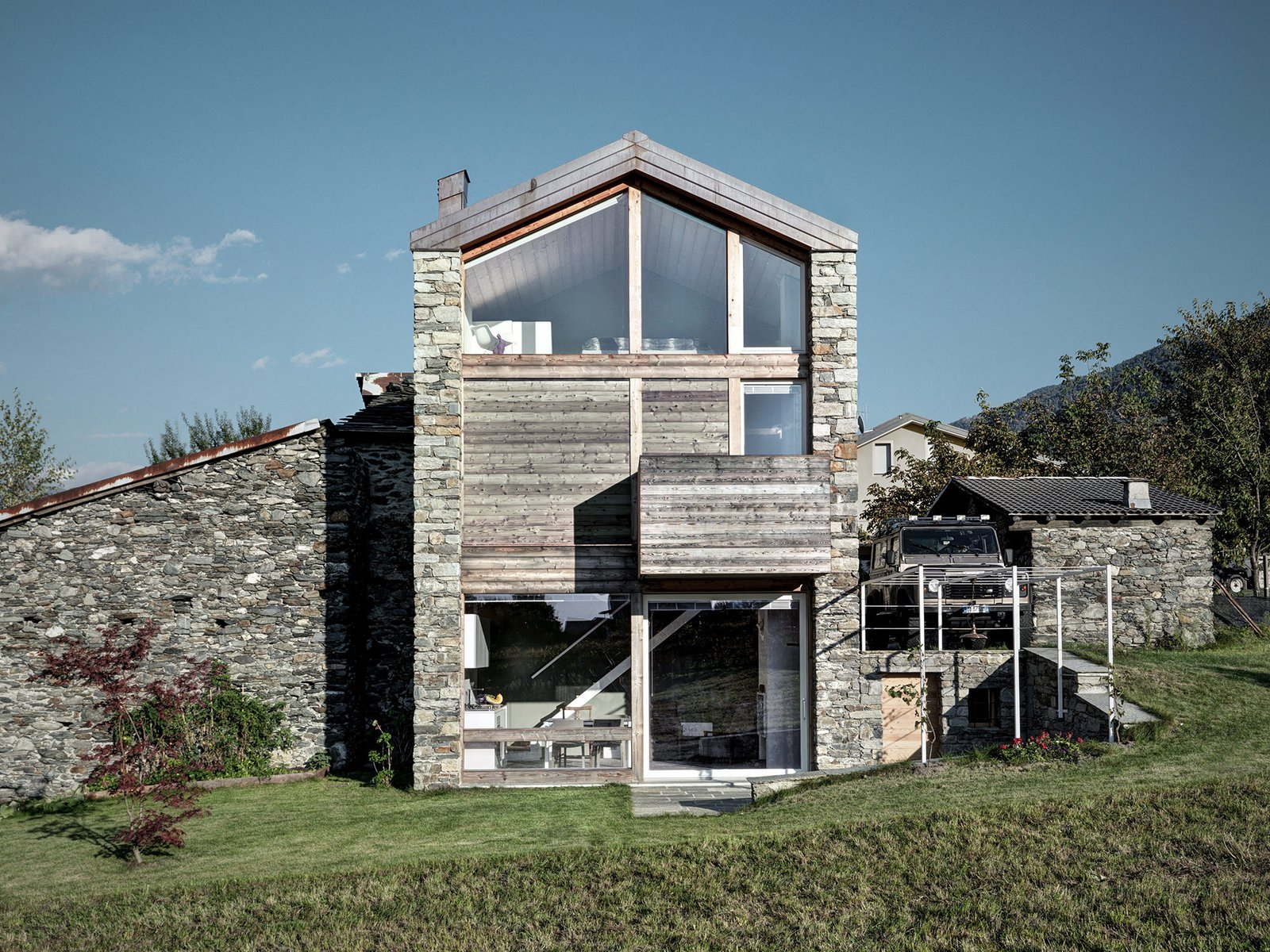 SV House by Rocco Borromini   Modern Rustic by Gessato
