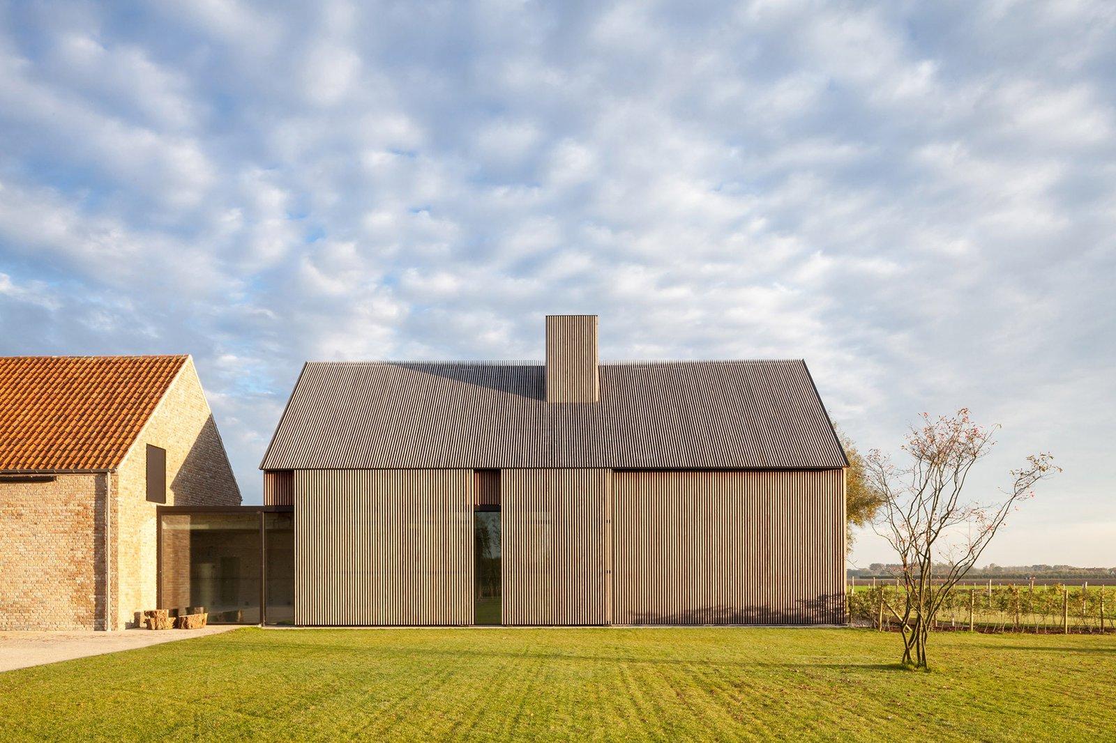 Farmhouse Burkeldijk - Photo 1 of 10