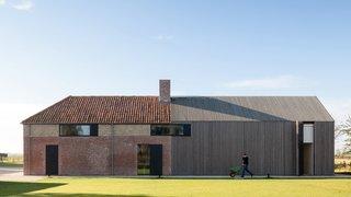 Farmhouse Burkeldijk - Photo 1 of 9 -