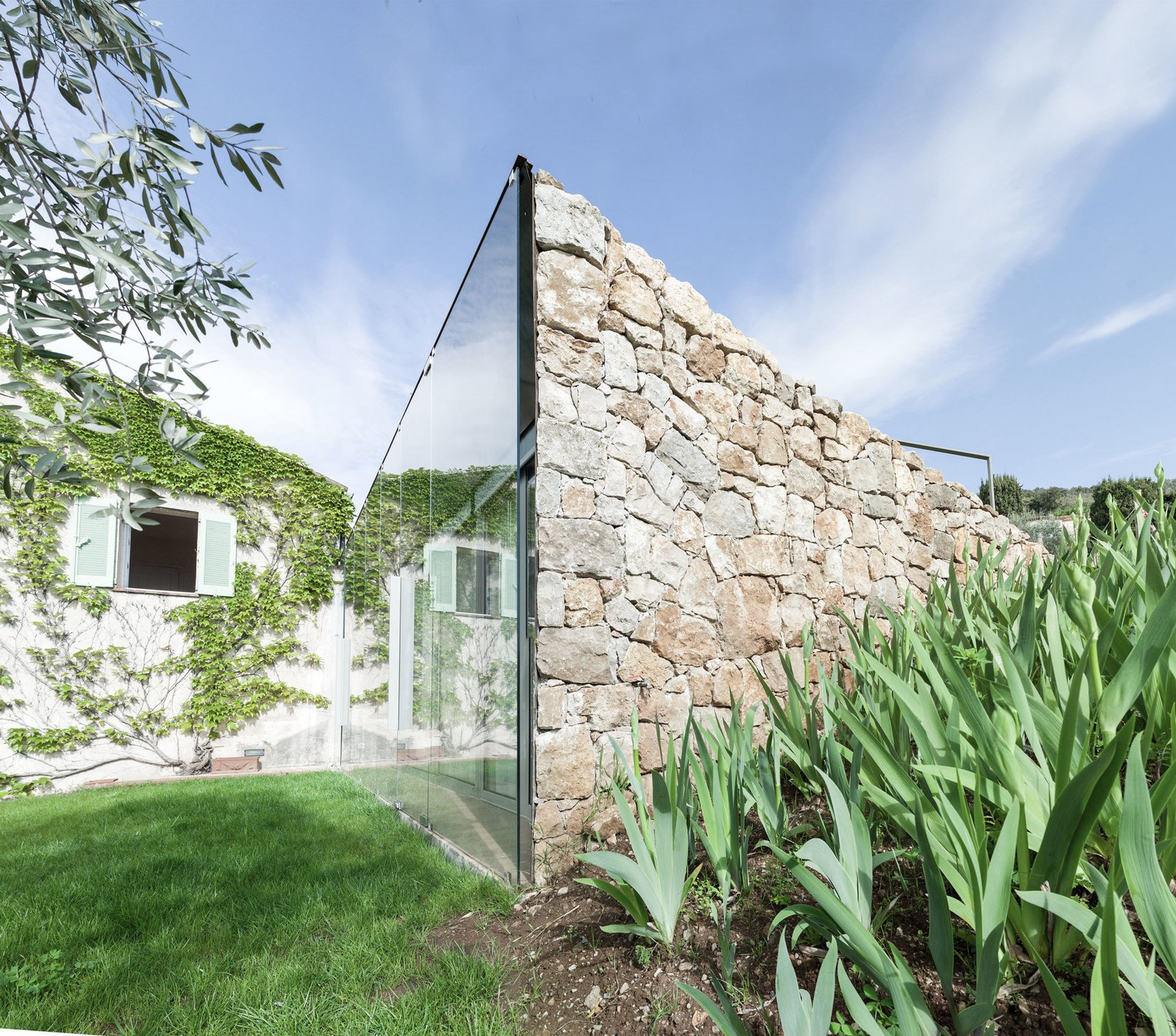 SPE House By Ellena Mehl Architects  Modern Rustic by Gessato
