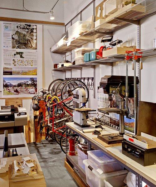 #architectsstudio #office #officespace  Photo 7 of Architect's Studio modern home