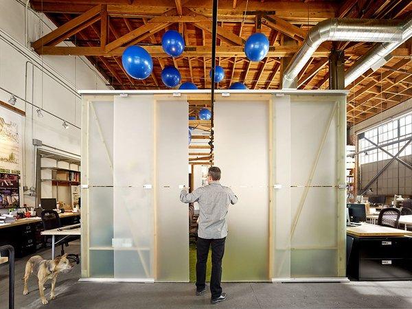 #architectsstudio #office #officespace #meetingroom #conferenceroom #exposedbeams Photo 9 of Architect's Studio modern home