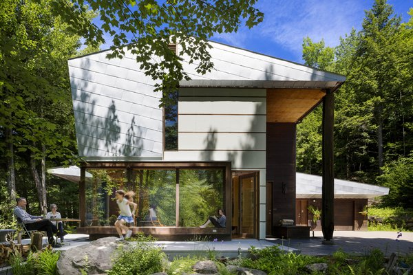 #exterior #yard #windows #outdoor  Photo  of Mountain House modern home