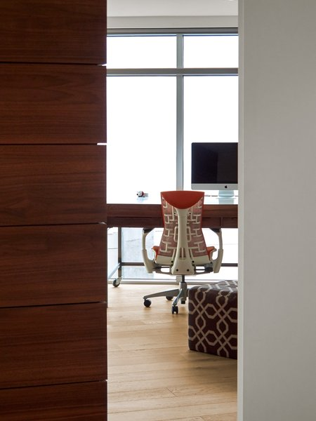 Modern home with office. Photo 19 of SOMA:Penthouse