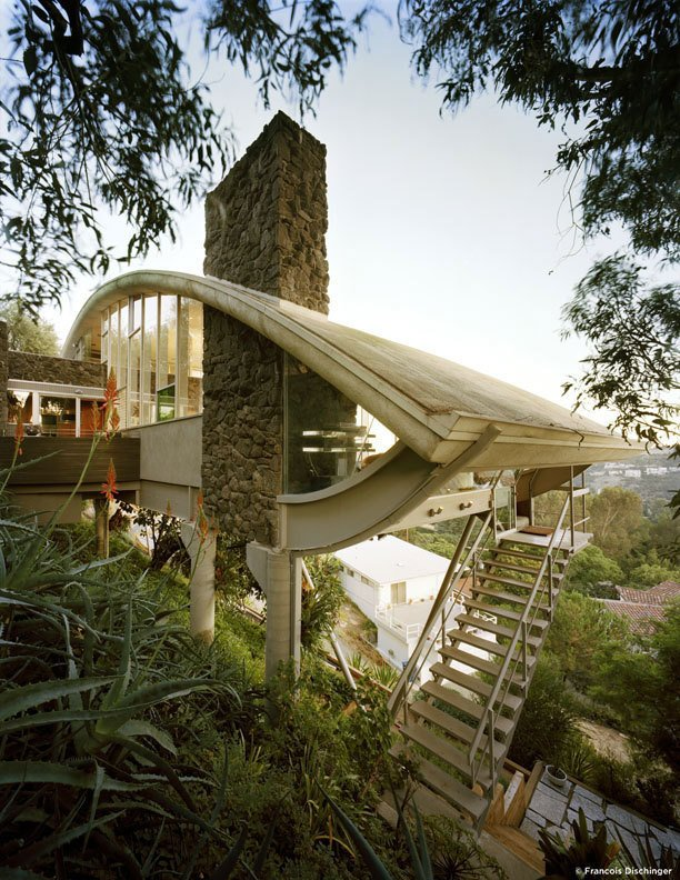 #GarciaHouse #modern #midcentury #hillside #1962 #JohnLautner #geometry #exterior #outside #levels #staircase #views #landscape #green #LosAngeles #MarmolRadziner