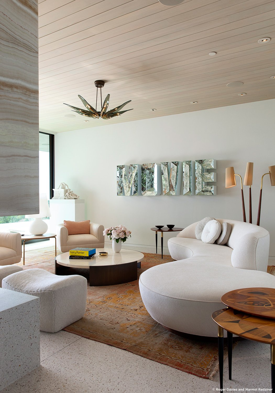 #SummitridgeResidence #modern #midcentury #levels #interior #inside #livingroom #seating #table #chairs #windows #glass #naturallight #BeverlyHills #MarmolRadziner  Summitridge Residence by Marmol Radziner