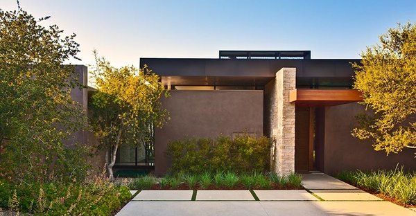 Modern home with outdoor. Photo 8 of Trousdale Residence