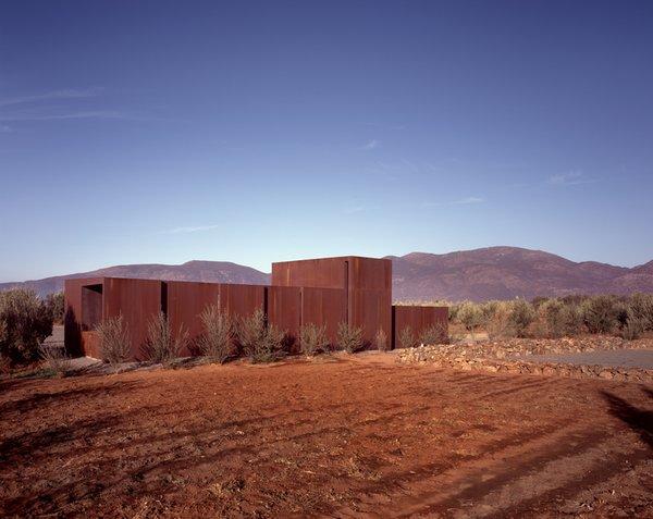 #SebastianMariscal #exterior #landscape #steel  Photo 2 of Vinicola Esere modern home