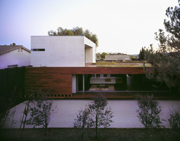#SebastianMariscal #Carlsbad #California #exterior #landscape  Wabi House by Sebastian Mariscal Studio