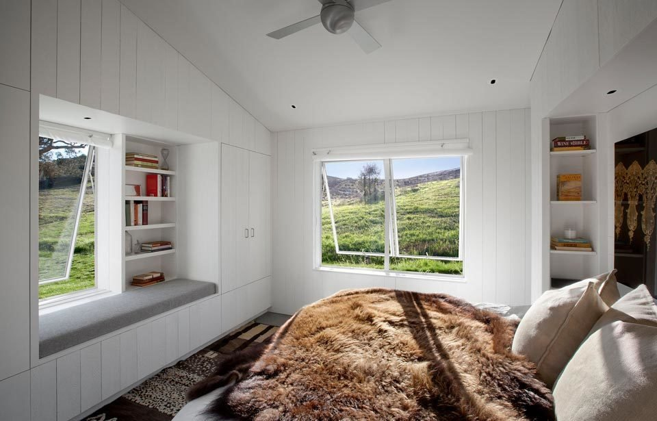 #TurnbullGriffinHaesloop #homestead #inside #indoor #interior #bedroom #window   Hupomone Ranch by Turnbull Griffin Haesloop Architects