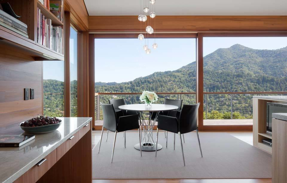 #TurnbullGriffinHaesloop #interior #inside #indoor #kitchen #lighting  Kentfield Residence by Turnbull Griffin Haesloop Architects