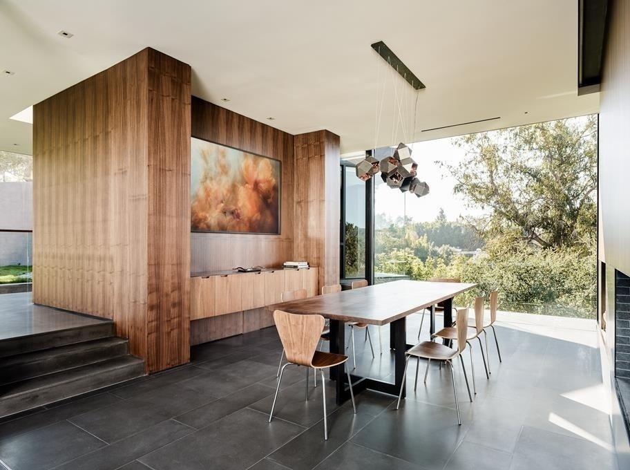 #WalkerWorkshop #interior #inside #indoor #lighting #window #diningroom   Oak Pass Main House by Walker Workshop