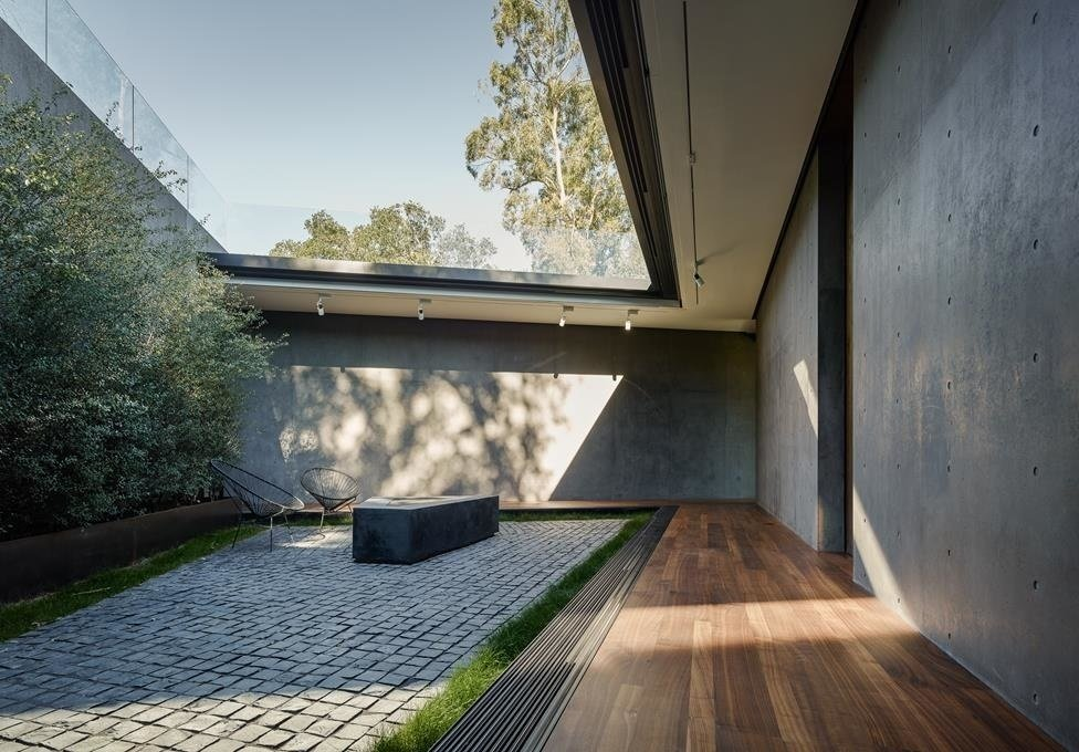 #WalkerWorkshop #exterior #outdoor #outside #landscape #lounge   Oak Pass Main House by Walker Workshop