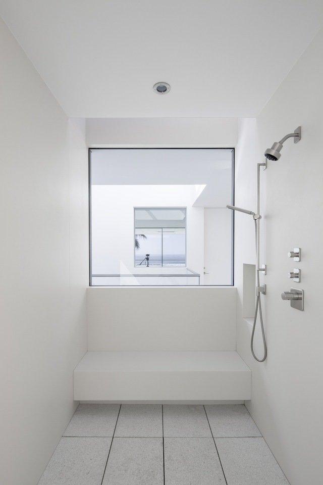 #danbrunn #flipflop #beachfront #residence #venice #california #glass #bathroom #shower #window #interior