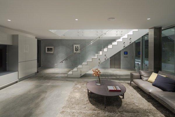 #danbrunn #flipflop #beachfront #residence #venice #california #glass #livingroom #stairs #windows #interior  Photo 4 of Flip Flop Residence modern home