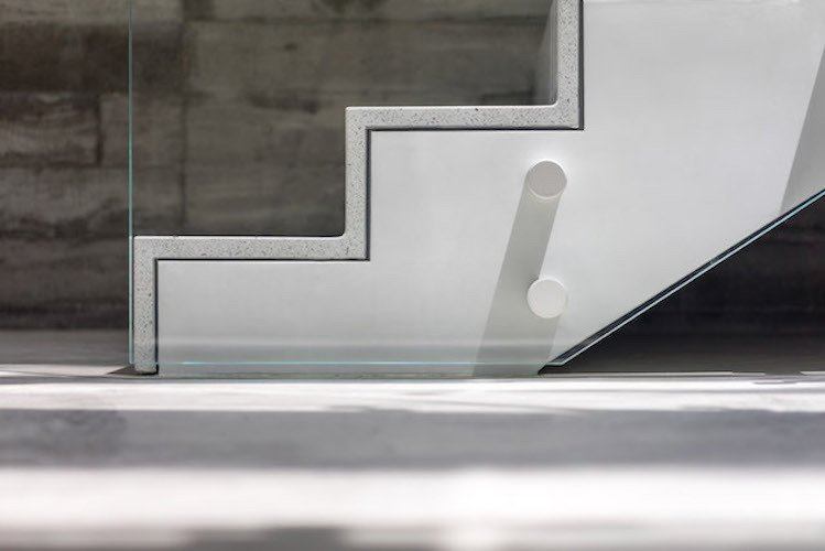 #danbrunn #zigzag #residence #beachfront #venice #california #glass #stairs #details #interior