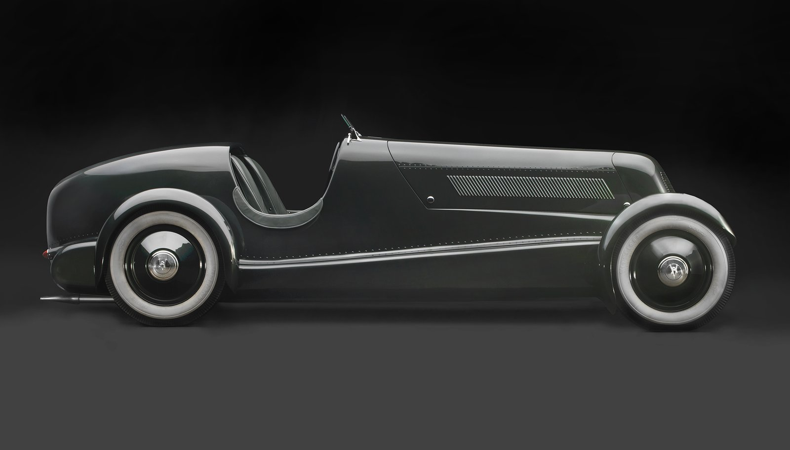 1934 Edsel Ford's Model 40 Speedster, Courtesy of the Edsel and Eleanor Ford House Examining the Architecture of the Art Deco Automobile - Photo 14 of 15