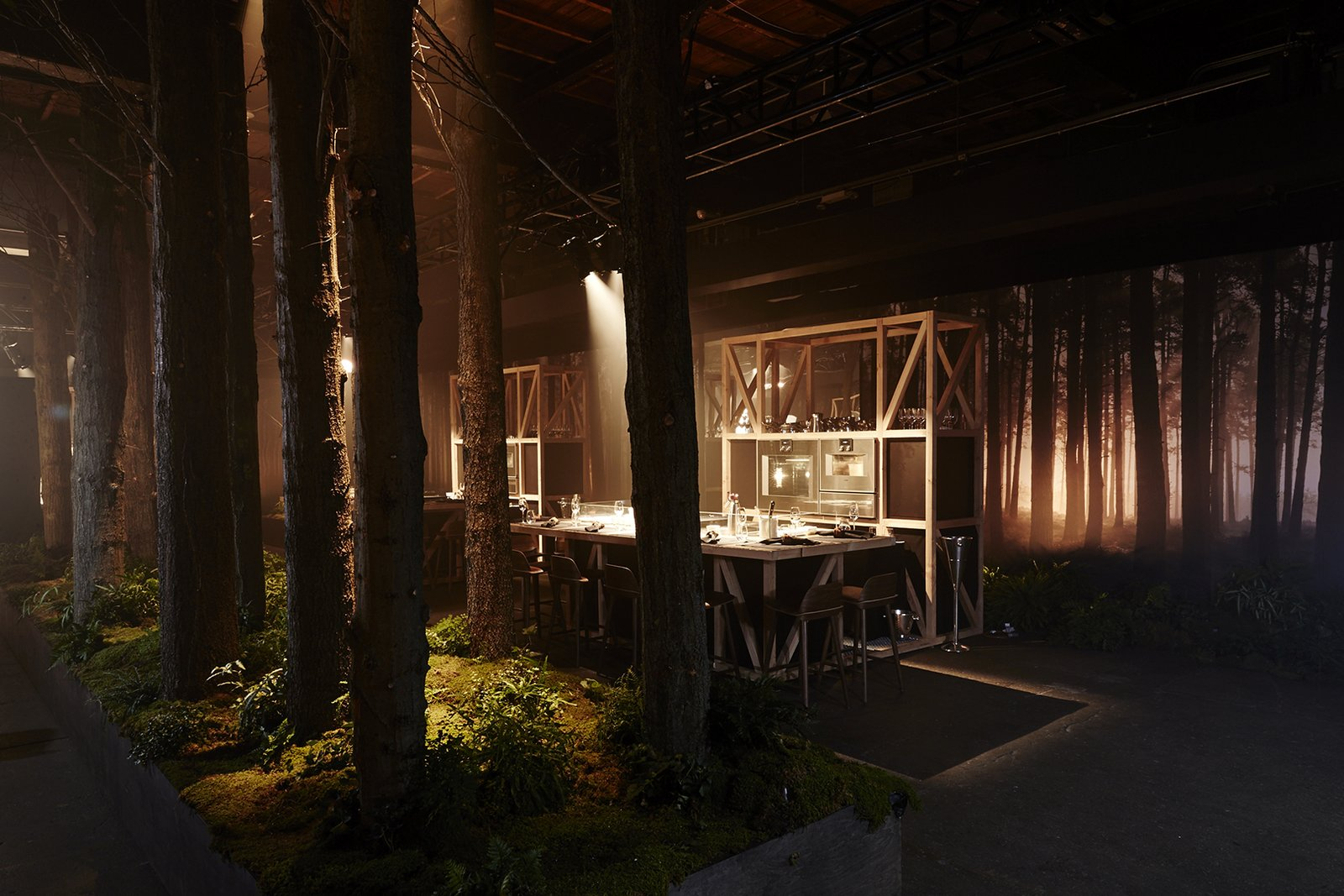 To celebrate their 333rd anniversary, appliance brand Gaggenau created Restaurant 1683, a four-night pop-up that brought the Black Forest to New York City.  gaggenau.com From the Editors' Inbox: October 2016 by Heather Corcoran