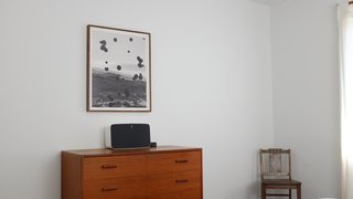 The L.A. Home of Song Exploder's Hrishikesh Hirway Is Barely Larger  Than a Music Box - Photo 3 of 7 - In the bedroom, a Sonos Play:5 is connected to Amazon Echo, enabling the residents to cycle through songs and podcasts using voice commands.