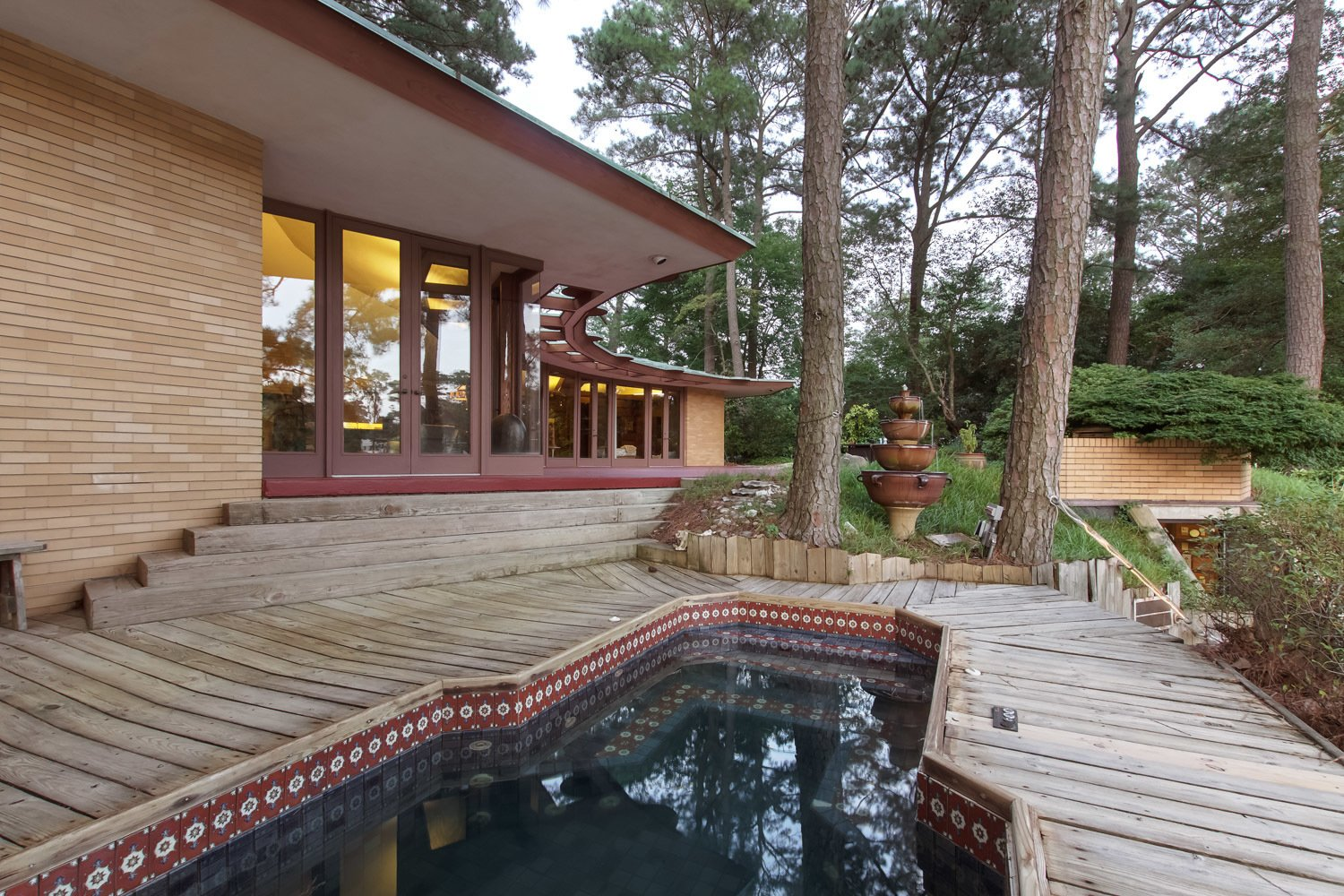 Photo 2 of 7 in You Can Own One of Frank Lloyd Wright's Final Homes for $2.75 Million
